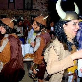 Participantes en la ronda de bodegas de Rodanillo 2008