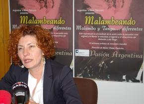 La presidenta del Patronato de Fiestas durante la presentación