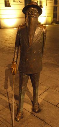 Estatua de Valle Inclán en Pontevedra