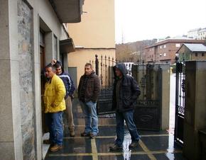 Los representantes del sindicato, accediendo a las instalaciones