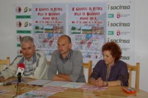 El coordinador del campus, Iván González, con el presidente del club y la concejala de deportes
