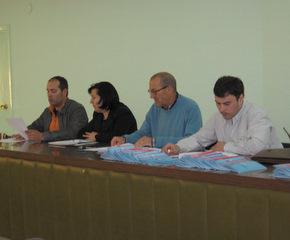 En informes de presidencia, Fernández Cendón agradeció la colaboración del sector