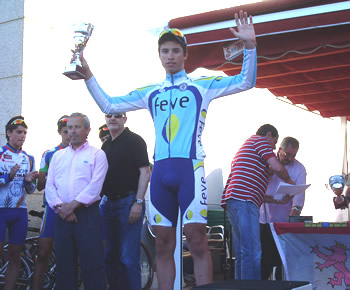 Jesús Nanclares celebrando el tercer puesto en Laguna de Duero