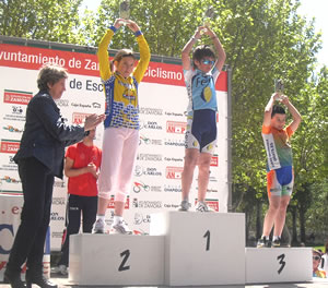 Raúl Camino, en lo más alto del podium