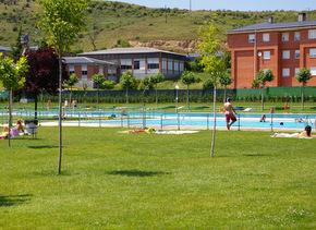 Las piscinas son un atractivo durante el verano