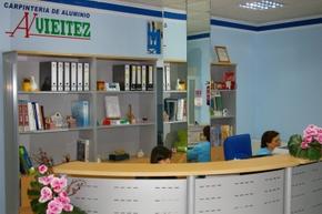 La oficina de atención y venta está ubicada en Bembibre