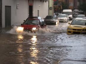 Las lluvias volvieron a provocar colapsos