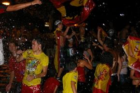 La plaza Santa Bárbara acogió la masiva celebración
