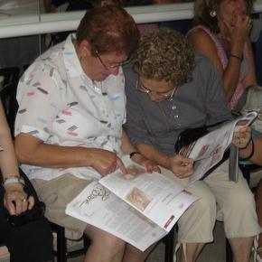 Habitualmente, la revista Losada levanta un gran interés en el pueblo