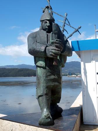 Monumento al gaitero - Ortigueira