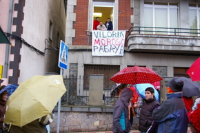 En febrero, una pancarta en la sede de Viloria exigía el pago de las nóminas
