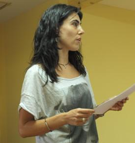 Raquel Lanseros durante su participación en el encuentro literario de Noceda