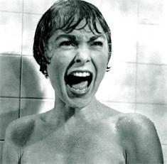 Janet Leigh en una escena de Psicosis