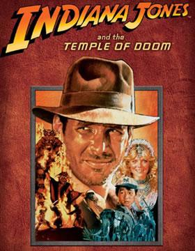 """Carátula de """"Indiana Jones y el Templo Maldito"""", con la futura esposa de Spielberg a la derecha"""