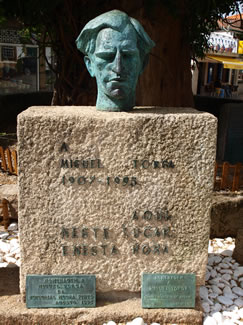 Monumento a Torga