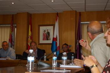 En el Pleno hubo momentos de tensión entre equipo de gobierno y oposición