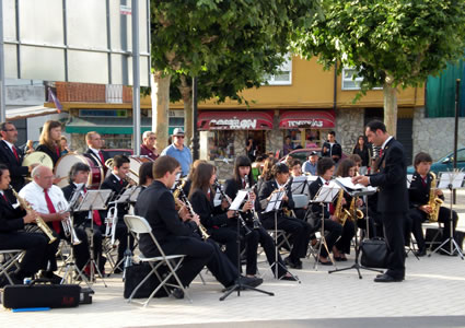 La banda de la escuela municipal de música, en una de sus actuaciones