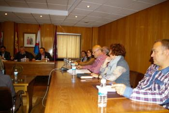 La oposición abandonó la sala el pasado mes poco antes de finalizar el polémico Pleno