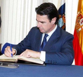 José Manuel Soria anuncia su intención de minimizar el recorte