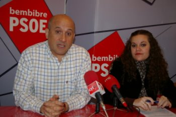 Manuel Ángel Rey y Silvia Cao durante la comparecencia de este miércoles