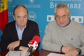 Otero y Fernández en rueda de prensa explicando sus argumentos
