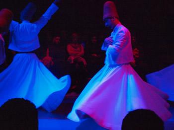 Los derviches a quienes hace referencia Battiato en una de sus canciones más populares - Foto: Manuel Cuenya