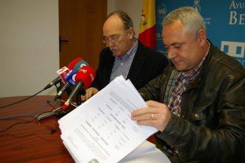 En la rueda de prensa comparecieron Manuel Otero y Roberto Fernández