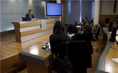 El portavoz de la Junta, José Antonio de Santiago Juárez, en rueda de prensa tras el Consejo de Gobierno
