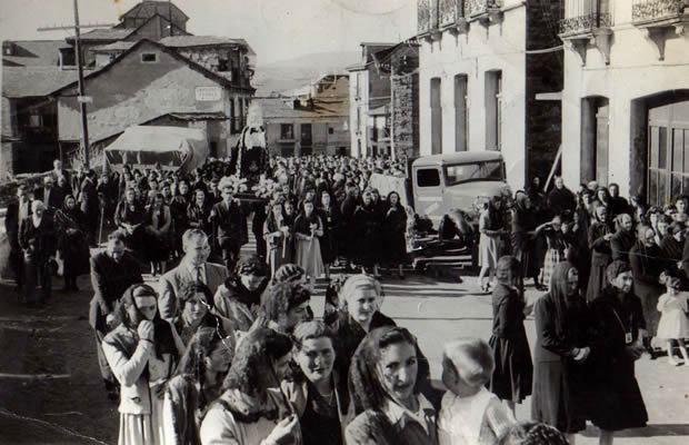 Procesión del Santo Entierro en la década de los 50