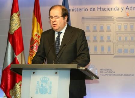 El presidente Herrera, al término de la reunión con Montoro