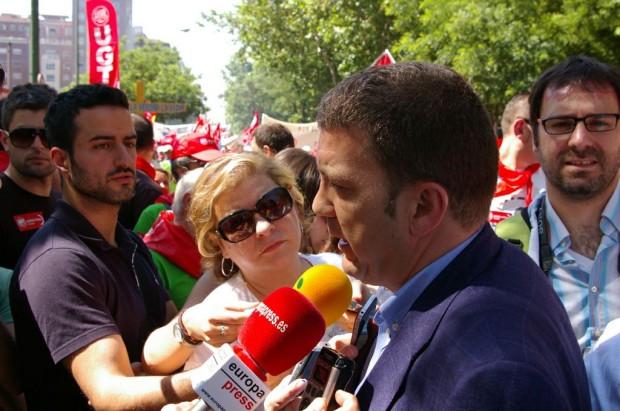 Riesco estuvo presente en la manifestación de Madrid y ha manifestado abiertamente su desacuerdo con las decisiones tomadas por el Ministro de Industria respecto a la minería del carbón