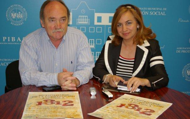 El alcalde y la concejala Ana Cristina Pastrana en la presentación del programa de actos