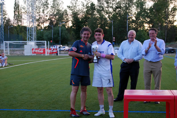 2º Clasificado: Max Bar - 1.000 € y trofeo