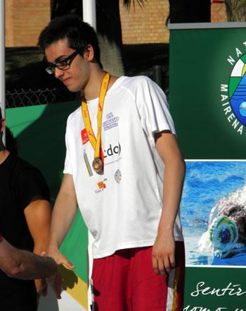 Cristian Prada recibe la medalla de bronce