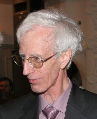 Ángel Alonso es uno de los investigadores sobre el cáncer más reconocidos a nivel internacional