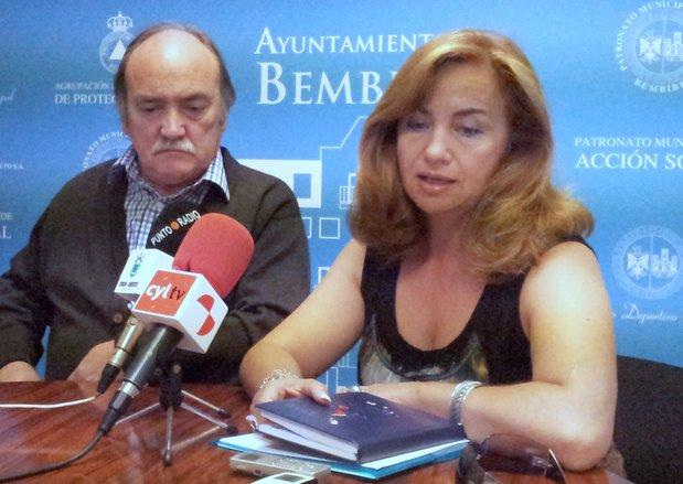 Imagen de archivo con el alcalde y la concejala