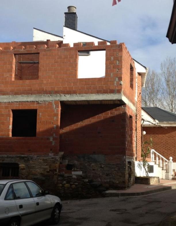 Infracción urbanística (construcción ilegal) del Pedáneo de San Román de Bembibre