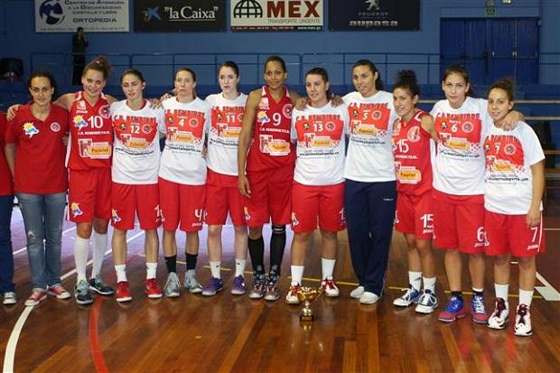 Plantilla Bembibre PDM. Foto: Federación Española de Baloncesto.