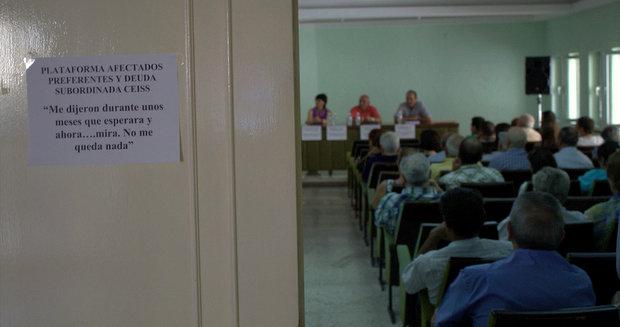 Imagen de archivo de una asamblea en Bembibre el pasado mes de julio