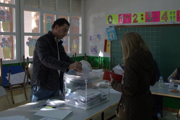 Foto de archivo / Un momento de la votación en las elecciones al Parlamento Europeo