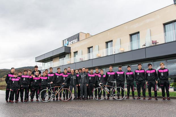 http://bembibredigital.com/images/stories/fotos/deportes/ciclismo/laciana_club_ciclista.jpg