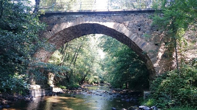 Puente de Albarinos