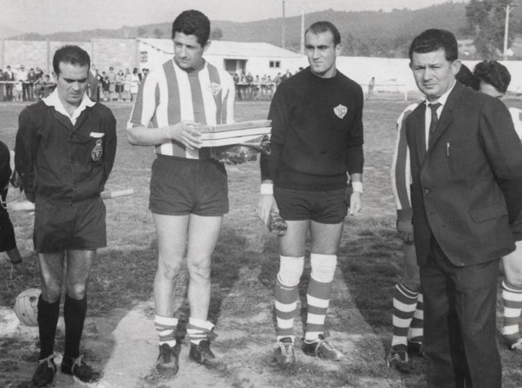 Gerardo de la Mata a la derecha, junto a Nino Cubelos, Emilio Sobrín y Kurta