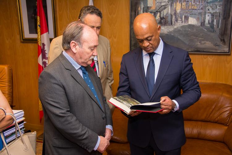 ministro visita bembibre